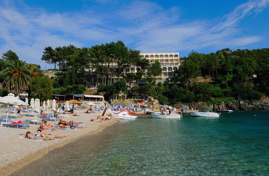 Пляж Палеокастрицы в Греции, фото 8