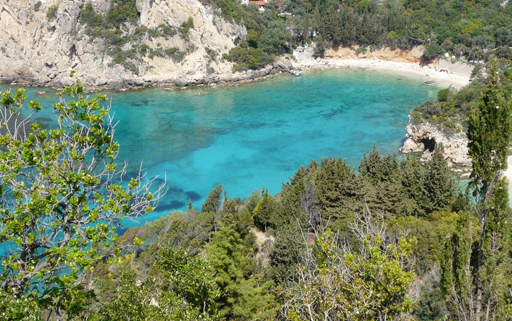 Пляж Палеокастрицы в Греции, фото 9
