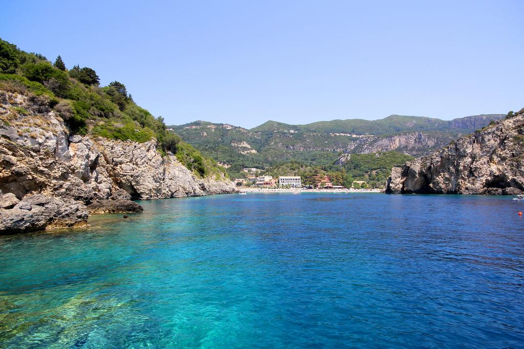 Пляж Палеокастрицы в Греции, фото 16