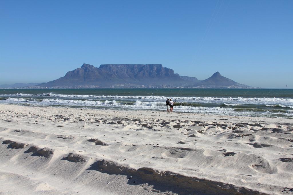 Пляж Блоубергстранд в ЮАР, фото 1
