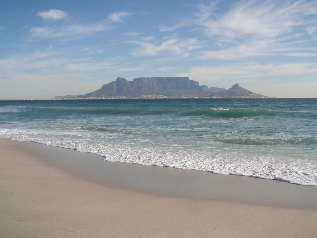 Пляж Блоубергстранд в ЮАР, фото 7