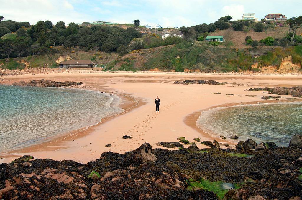Пляж Бухта Портелет в Великобритании, фото 6