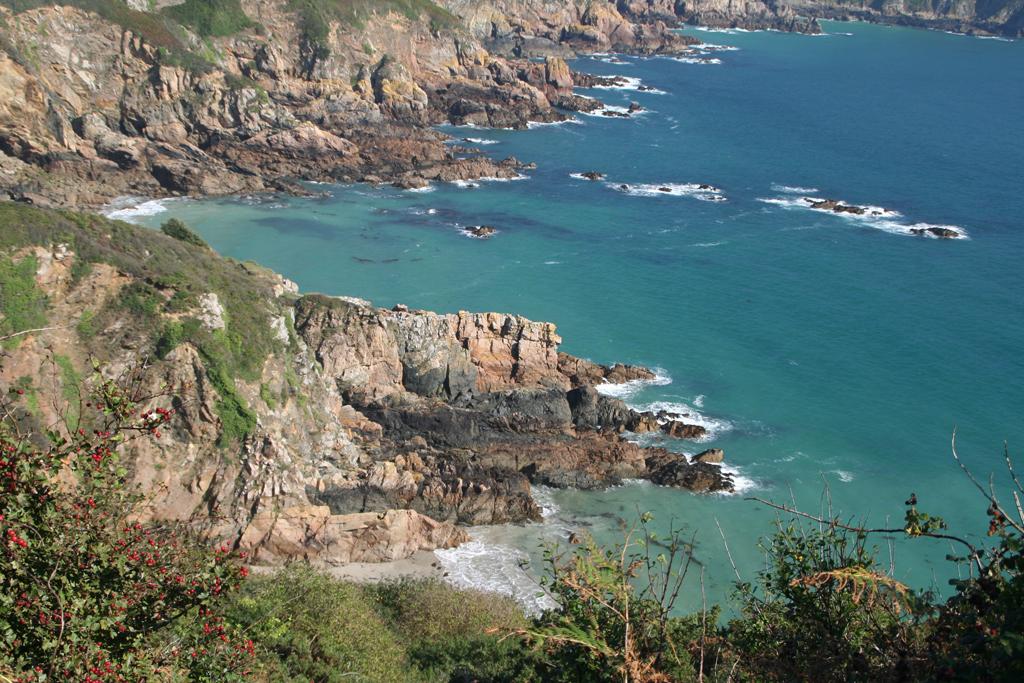 Пляж Бухта Портелет в Великобритании, фото 9