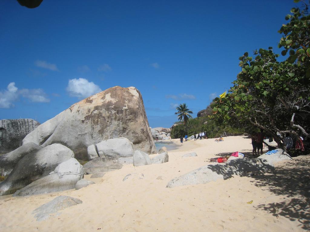 Пляж Девилс Бэй на Британских Виргинских островах, фото 3