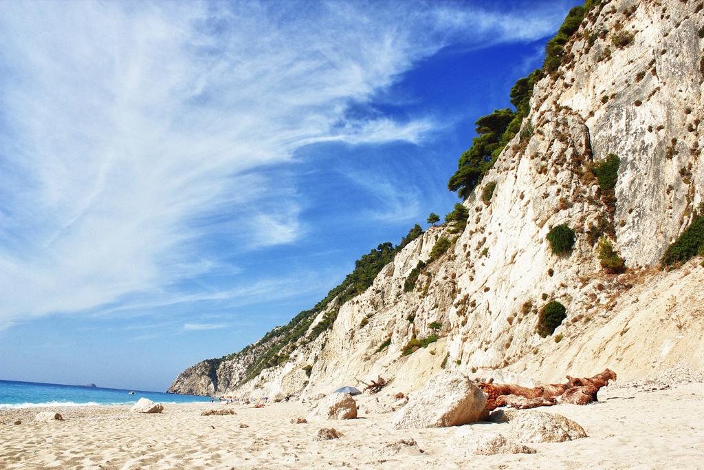 Пляж Эгремни в Греции, фото 3