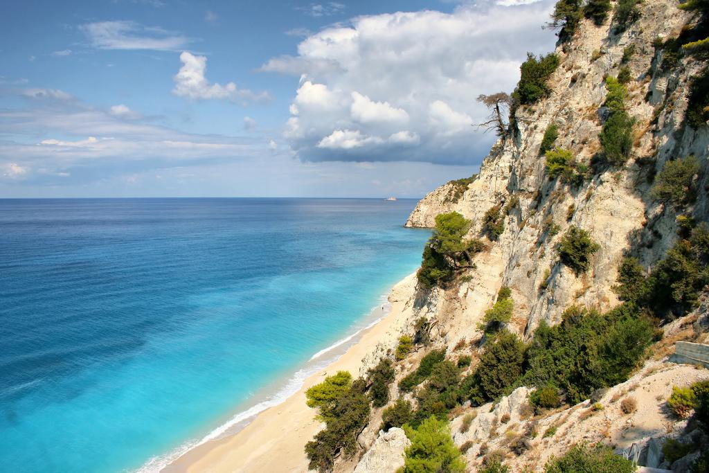 Пляж Эгремни в Греции, фото 9