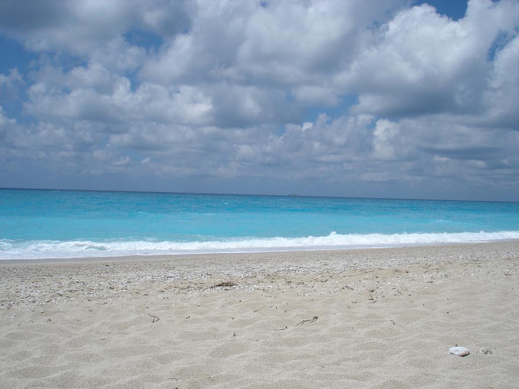 Пляж Эгремни в Греции, фото 14