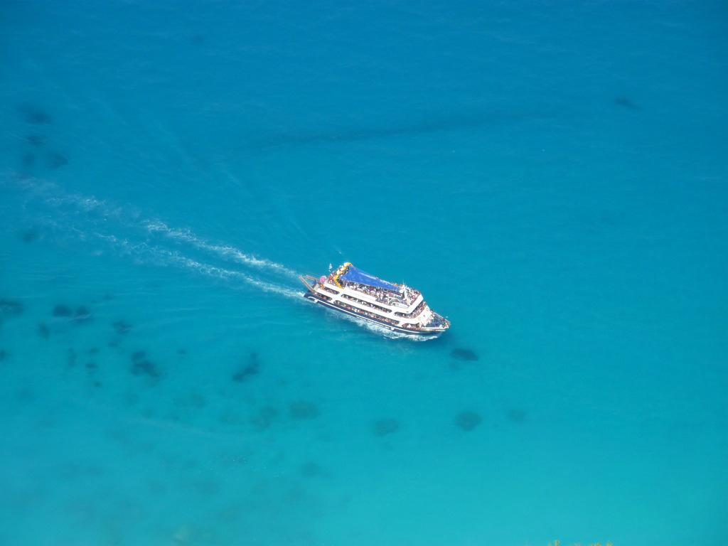 Пляж Эгремни в Греции, фото 17