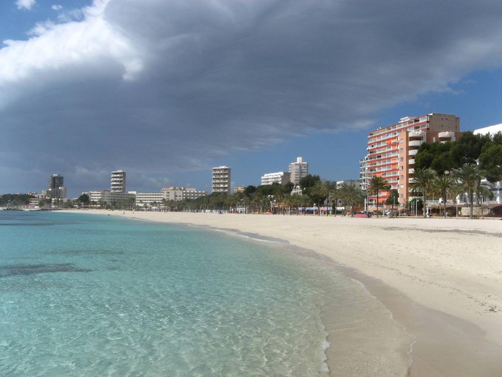 Пляж Магаллуф в Испании, фото 6