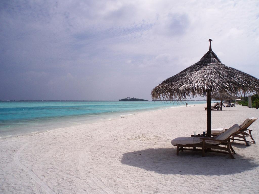 Пляж острова Куда Хураа на Мальдивах, фото 4