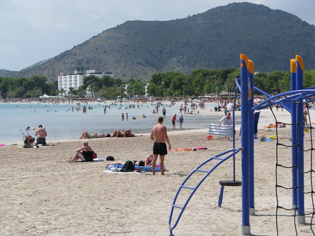 Пляж Пуэрто де Алькудия в Испании, фото 2