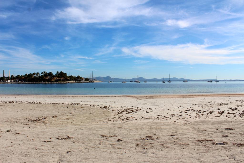 Пляж Пуэрто де Алькудия в Испании, фото 7