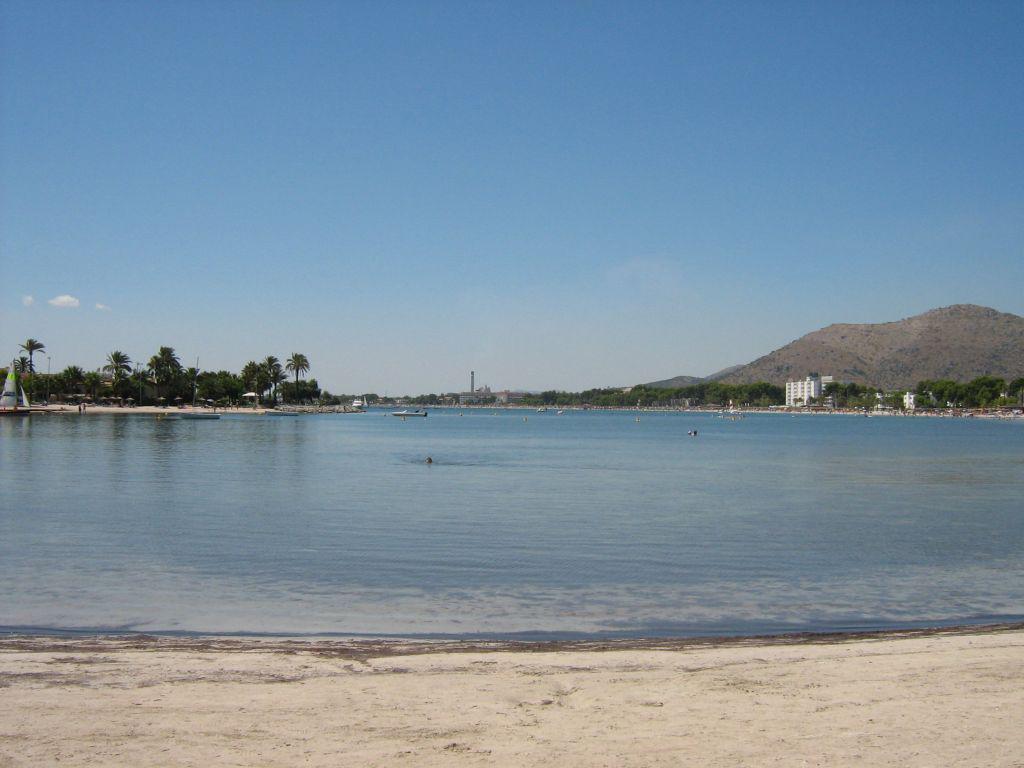 Пляж Пуэрто де Алькудия в Испании, фото 10