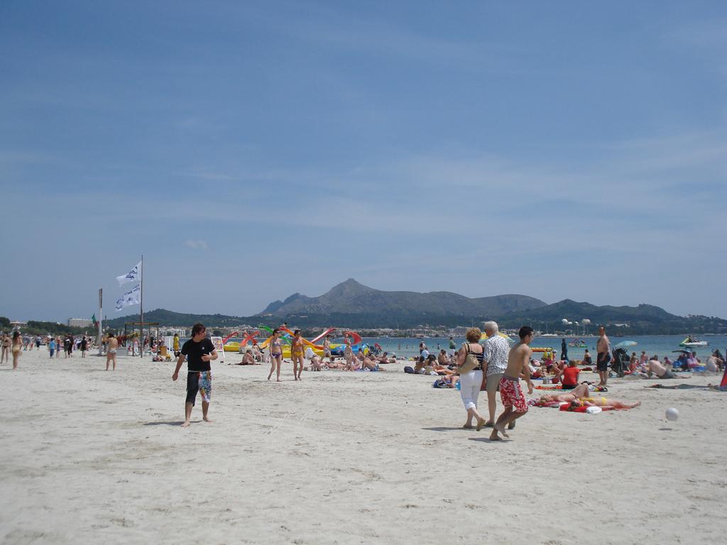 Пляж Пуэрто де Алькудия в Испании, фото 11