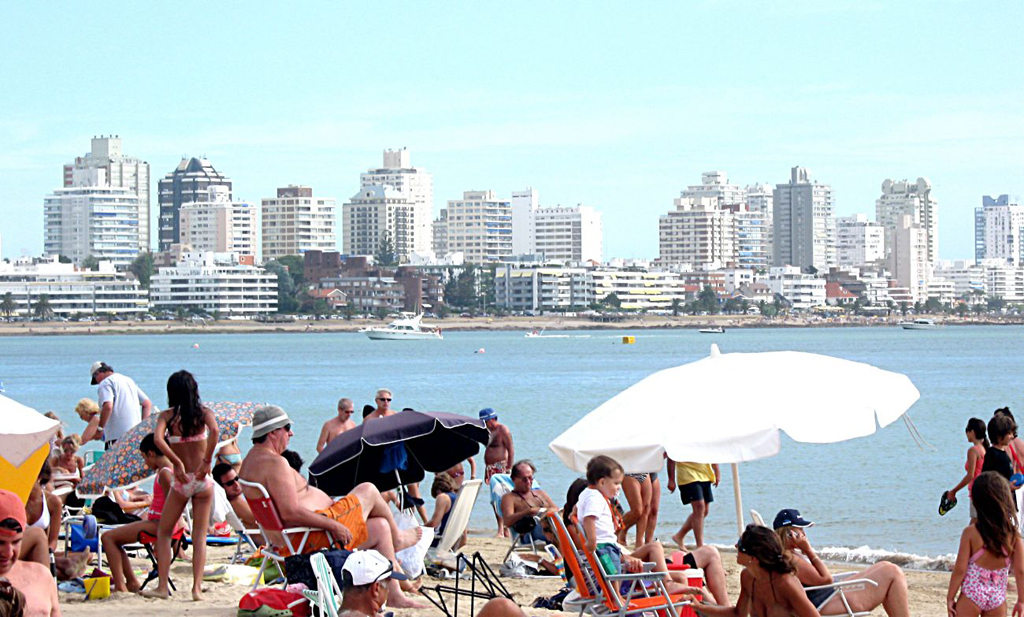 Пляж Пунта-дель-Эсте в Уругвае, фото 3