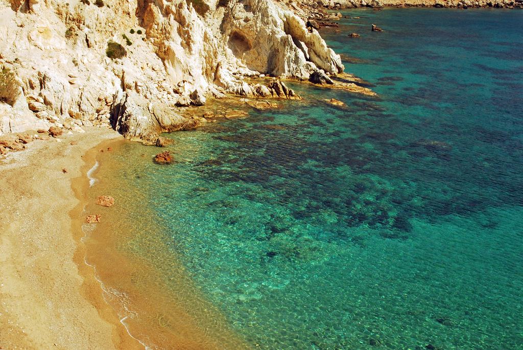 Пляж Врулидия в Греции, фото 3