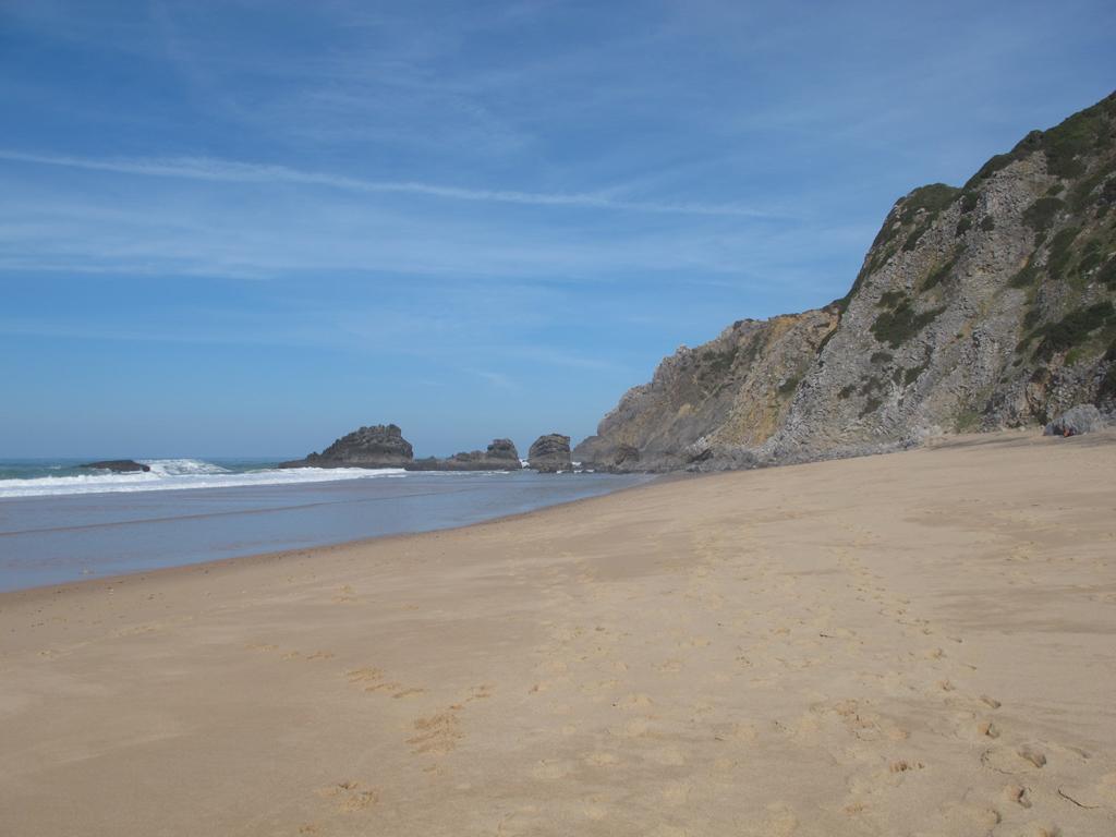 Пляж Адрага в Португалии, фото 6