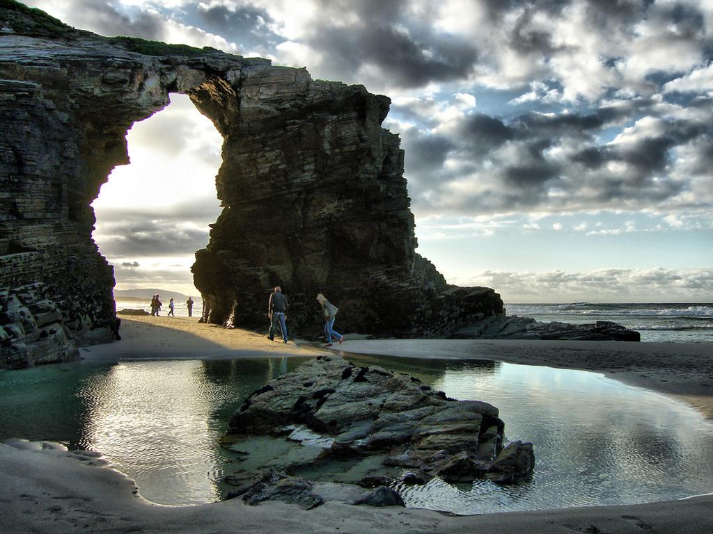 Пляж Агуас Сантас в Испании, фото 1