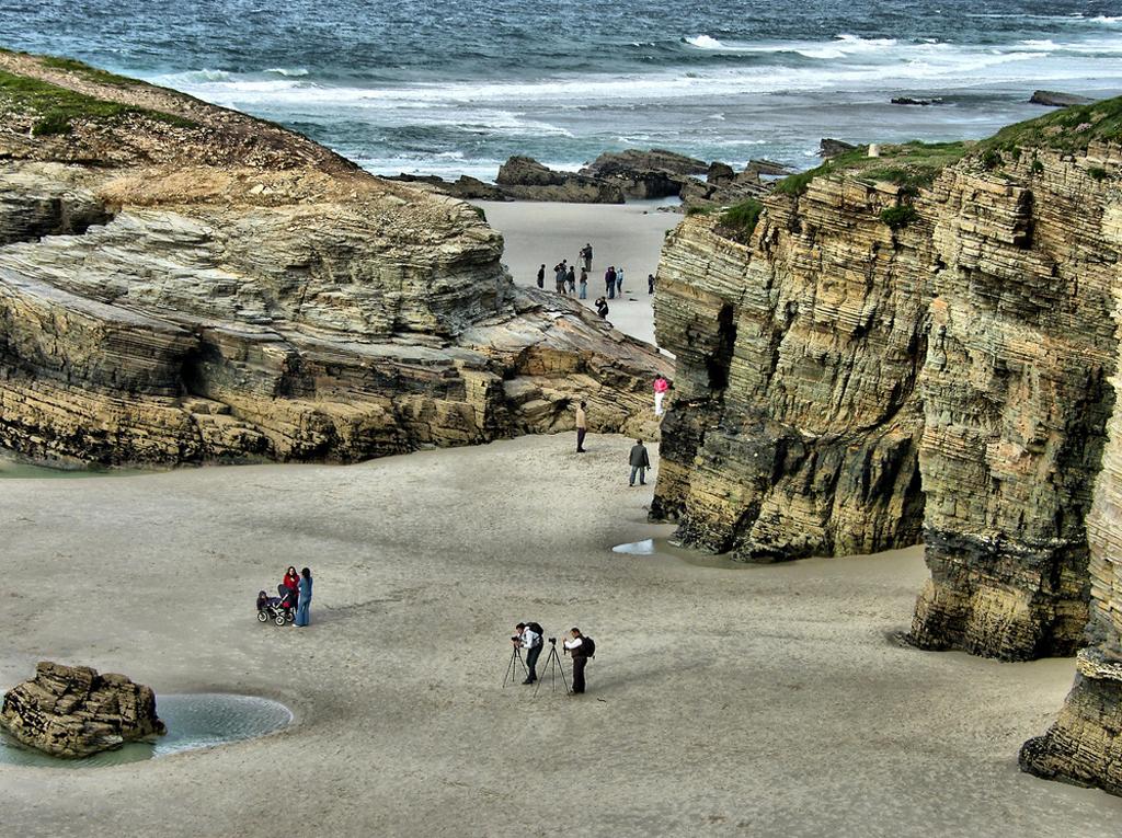 Пляж Агуас Сантас в Испании, фото 2