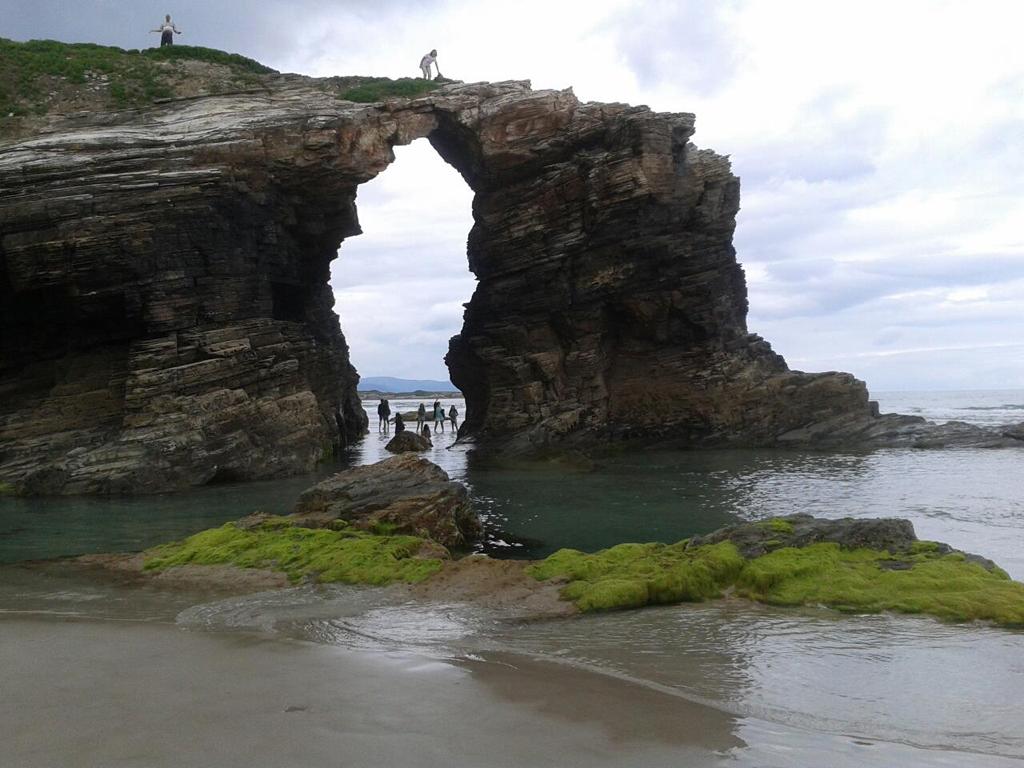 Пляж Агуас Сантас в Испании, фото 5