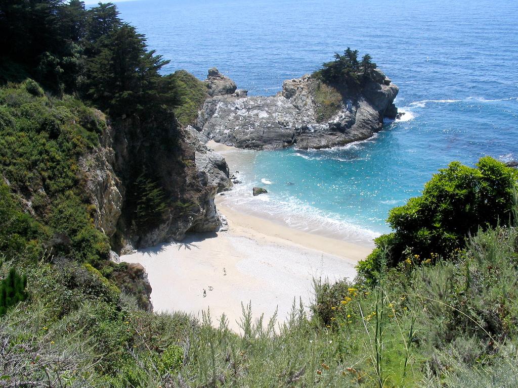 Пляж Джулия Пфайфер в США, фото 5