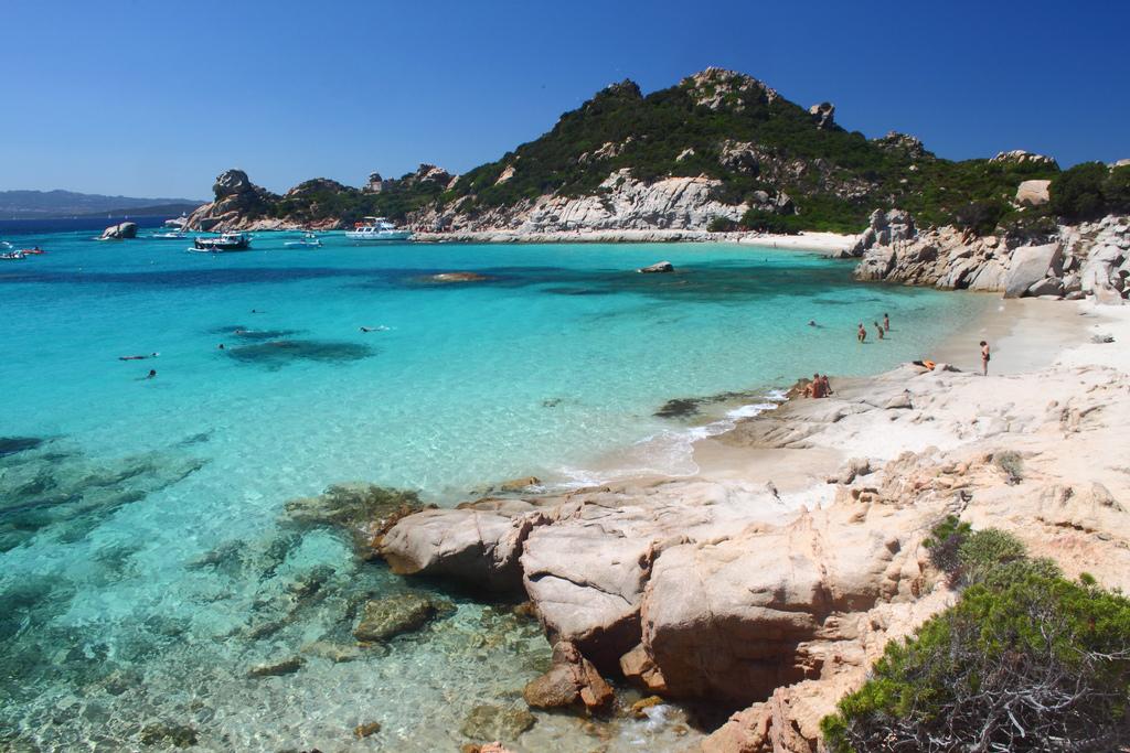 Пляж острова Ла Маддалена в Италии, фото 9
