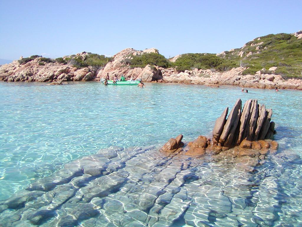 Пляж острова Ла Маддалена в Италии, фото 12