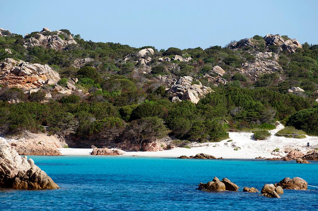 Пляж острова Ла Маддалена в Италии, фото 14