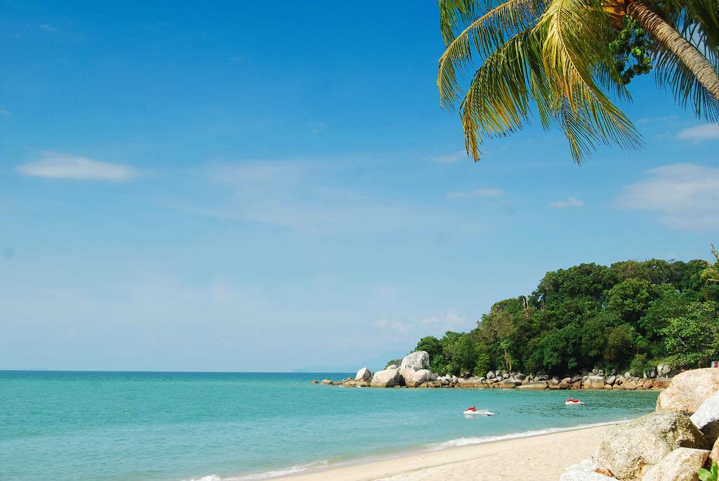 Пляж Бату Ферринги в Малайзии, фото 3