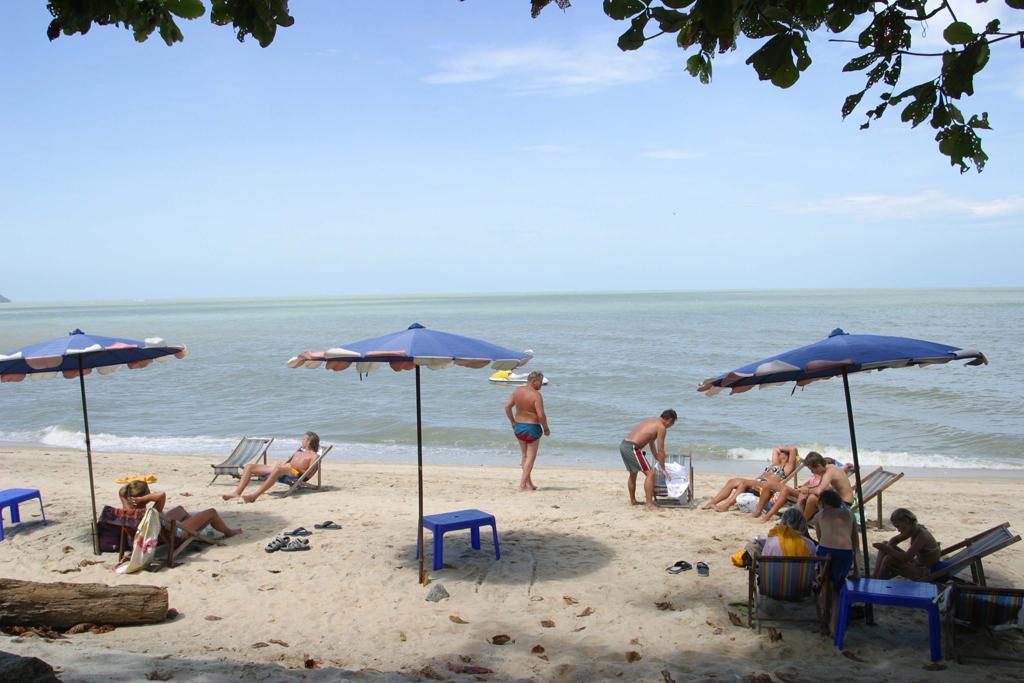 Пляж Бату Ферринги в Малайзии, фото 5