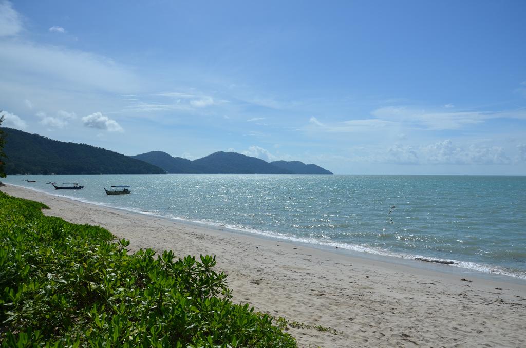 Пляж Бату Ферринги в Малайзии, фото 6