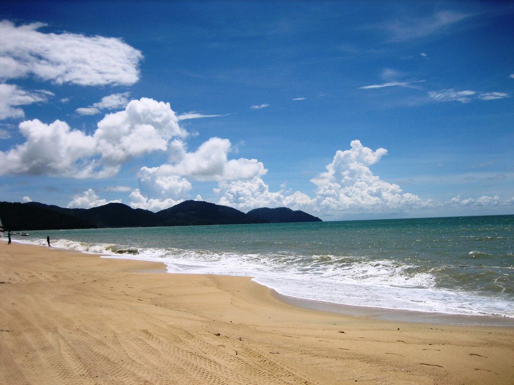 Пляж Бату Ферринги в Малайзии, фото 8