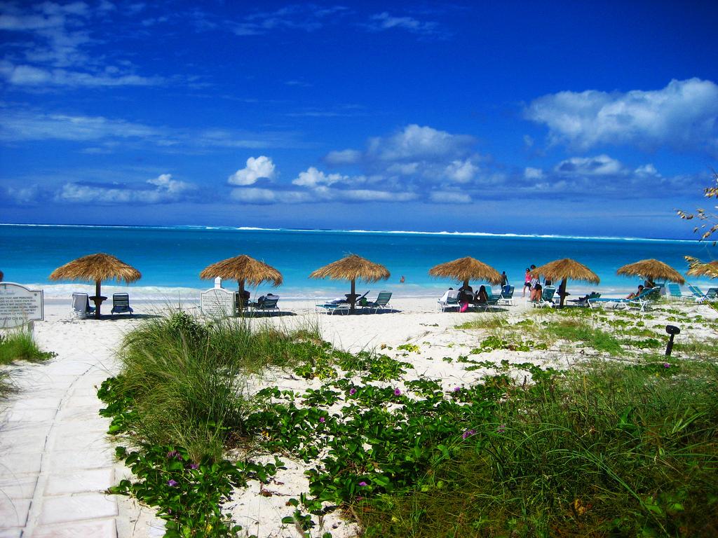 Пляж Грейс Бэй на Карибских островах, фото 2