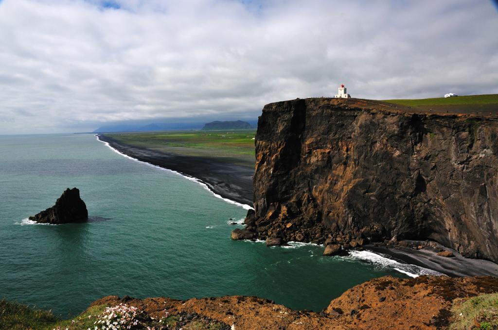 Пляж Мыс Дирхолаэй в Исландии, фото 5