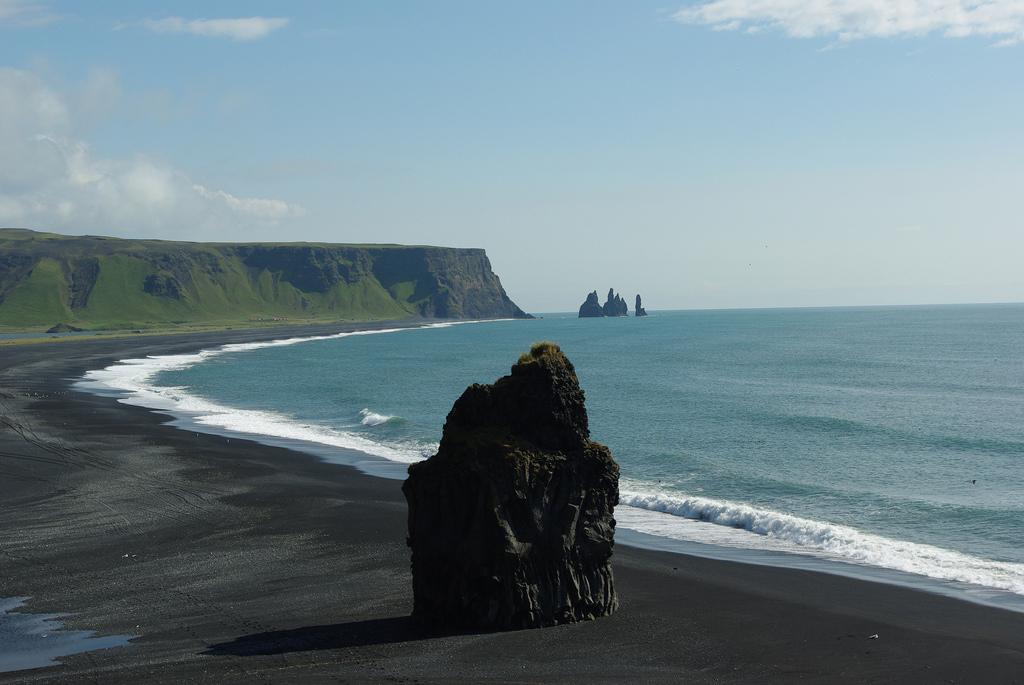 Пляж Мыс Дирхолаэй в Исландии, фото 7