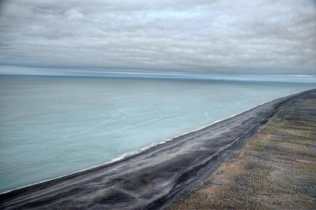 Пляж Мыс Дирхолаэй в Исландии, фото 9