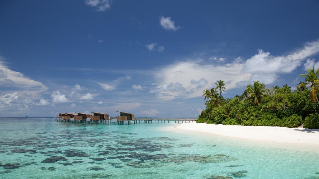 Пляж острова Алила Виллас Хадахаа на Мальдивских островах, фото 2