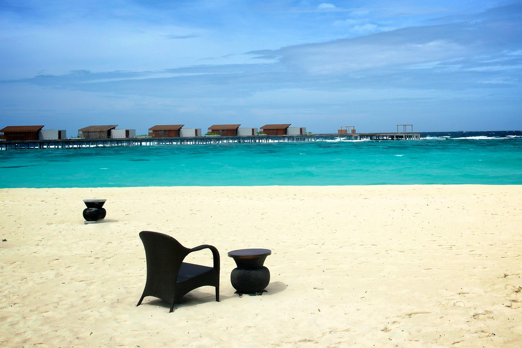 Пляж острова Алила Виллас Хадахаа на Мальдивских островах, фото 4
