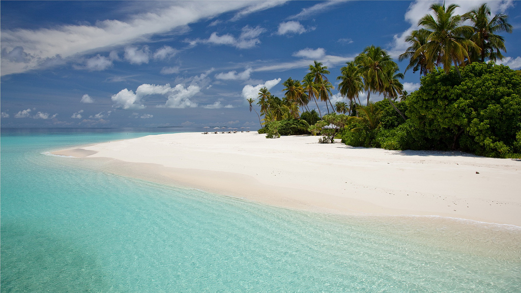 Пляж острова Алила Виллас Хадахаа на Мальдивских островах, фото 5