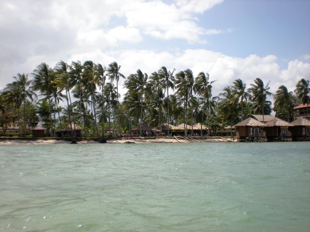 Пляж острова Бинтан в Индонезии, фото 1