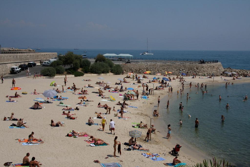 Пляж Жуан-ле-Пен во Франции, фото 3