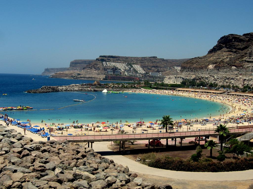 Пляж Амадорес в Испании, фото 2