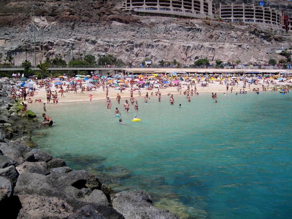 Пляж Амадорес в Испании, фото 4