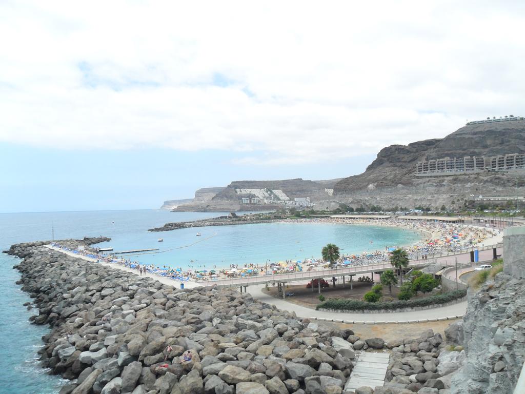 Пляж Амадорес в Испании, фото 7