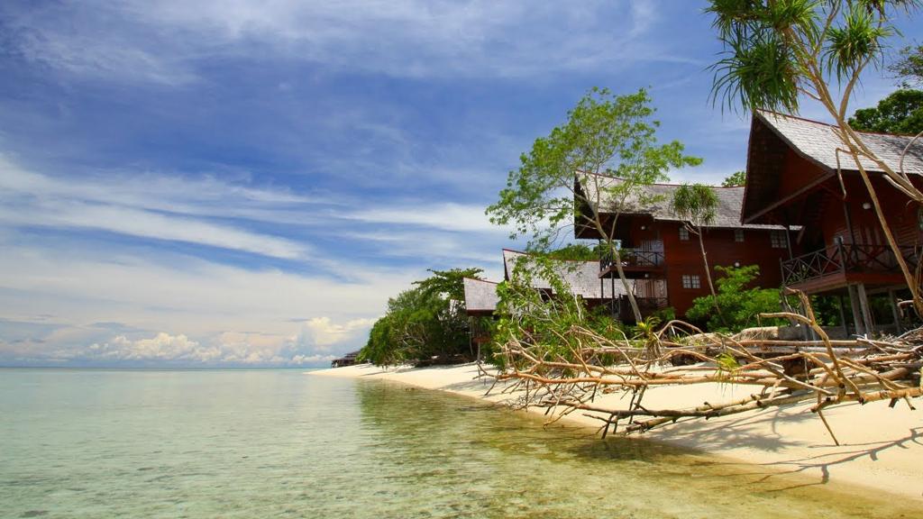 Пляж острова Ланкайан в Малайзии, фото 1