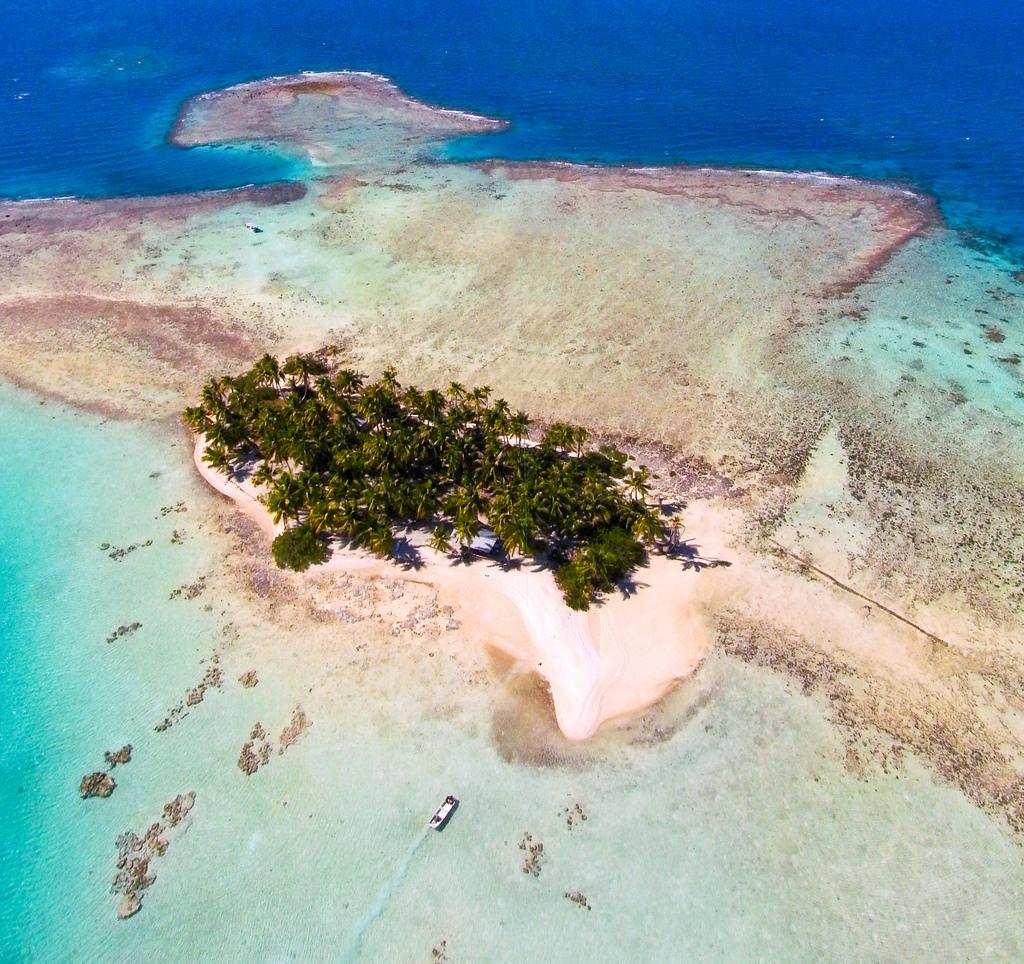 Пляж Атолл Рангироа во Французской Полинезии, фото 9