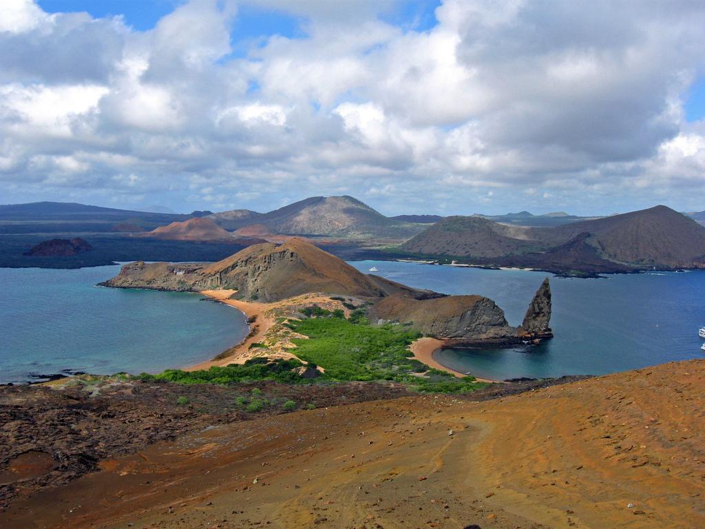 Пляж острова Бартоломе в Эквадоре, фото 9