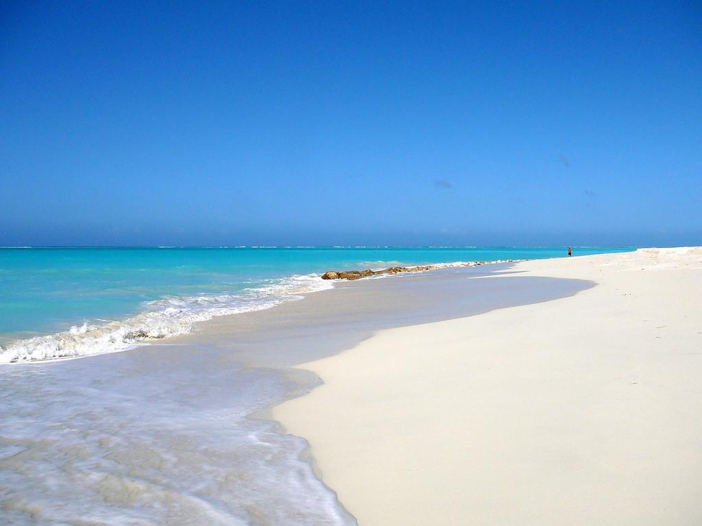 Пляж острова Провиденсиалес на Карибских островах, фото 9