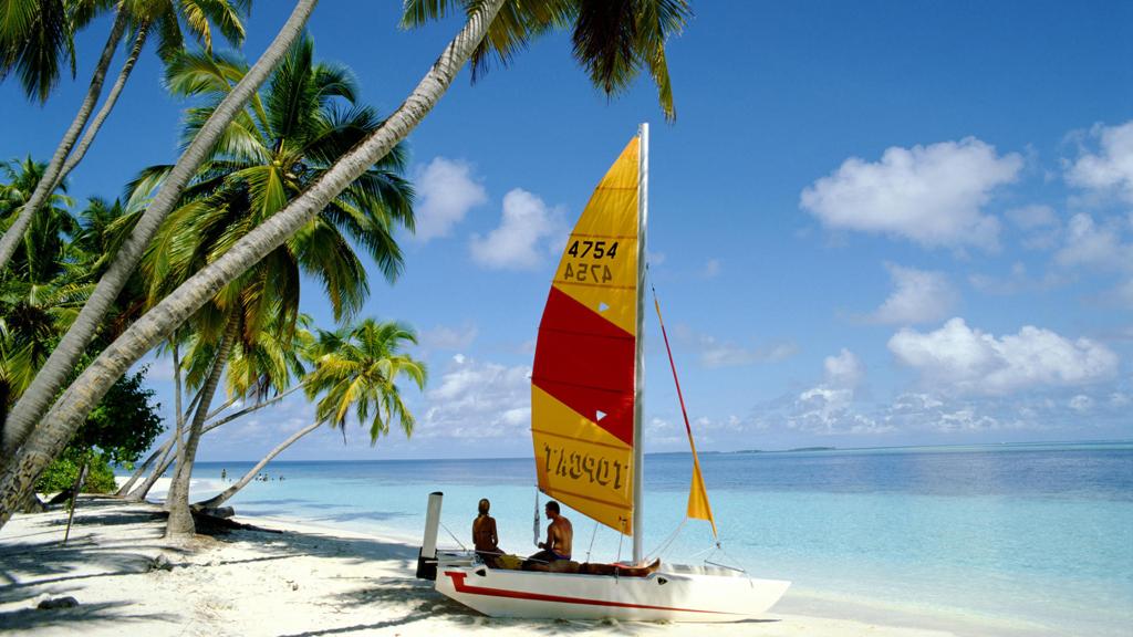 Пляж острова Сан Айлэнд на Мальдивских островах, фото 1