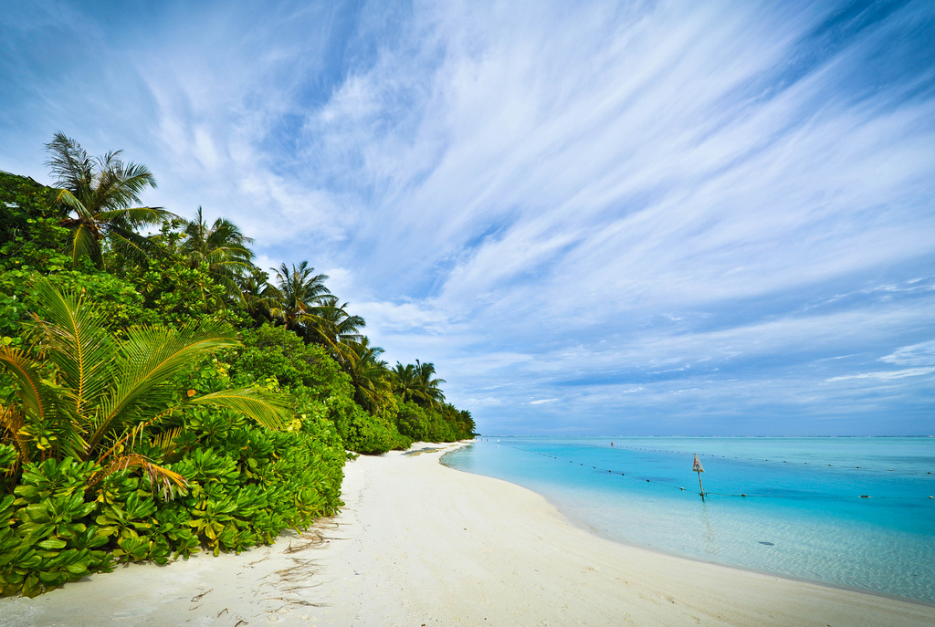 Пляж острова Сан Айлэнд на Мальдивских островах, фото 3